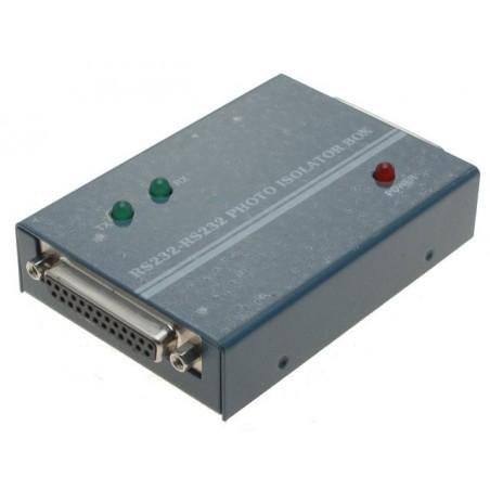 Optisk isolator til RS232. DB25 han / hun, overfører TX, RX, RTS, CTS, DSR, DCD, DTR, 9VDC