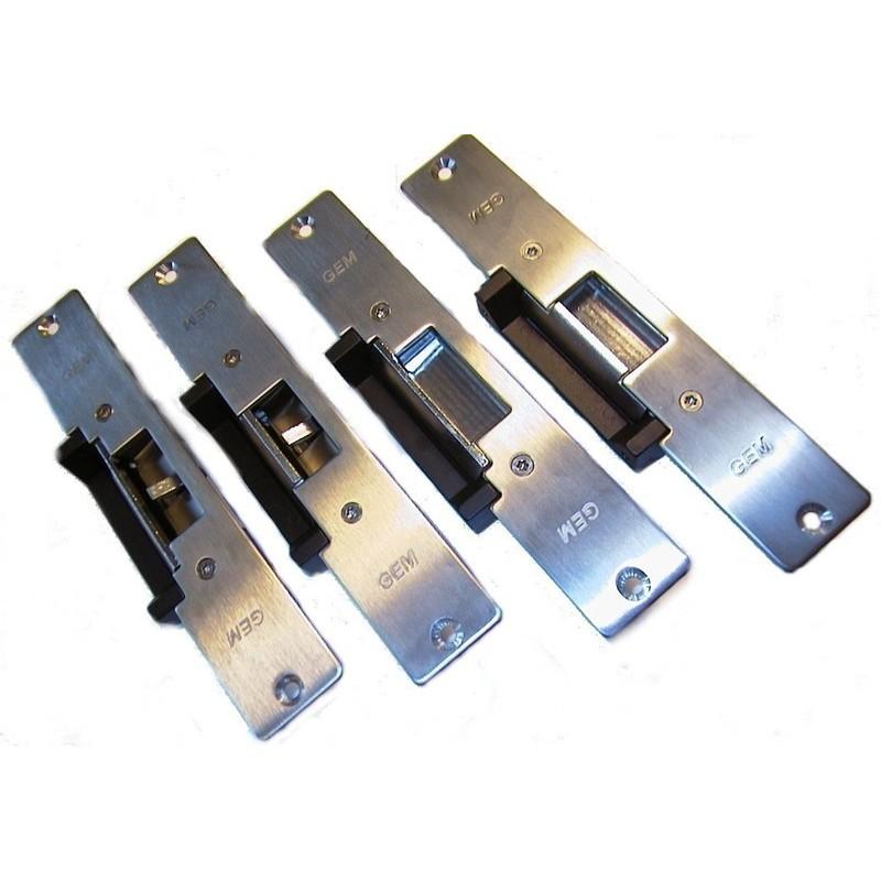 Elektillroniska lås platilltillor till dörrkarmen . Undvik atilltill ändra dörrlåset ur dörren när åtillkomstillkontillro