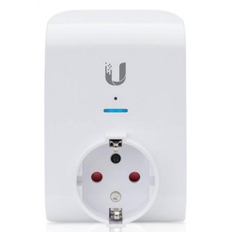 Central styring af net udtag - Wifi. ind- og udkobling. Effektmåling og logning.